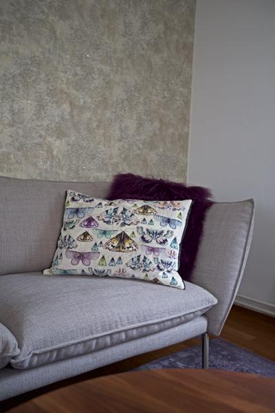 raumwunder | Wohnzimmer vorher - nachher | Sofa mit Kissen