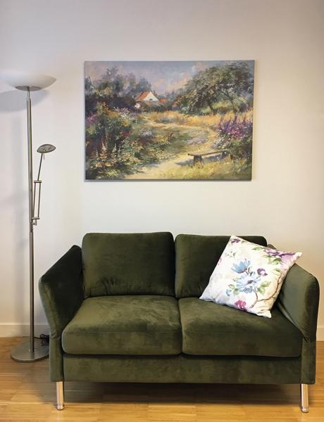 raumwunder   Bewohnerzimmer   Sofa und Bild
