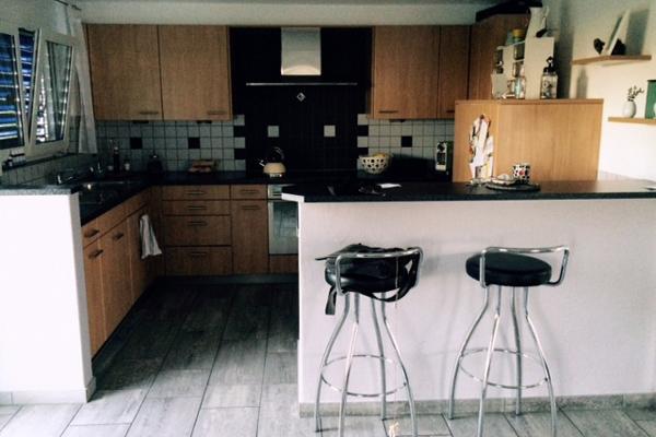 raumwunder | Küchenumbau | Kueche vorher mit Theke